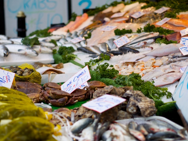 mercado semanal st albans pescado